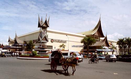 Matahari Shopping Centre, Padang, Sumatra, Indonesien