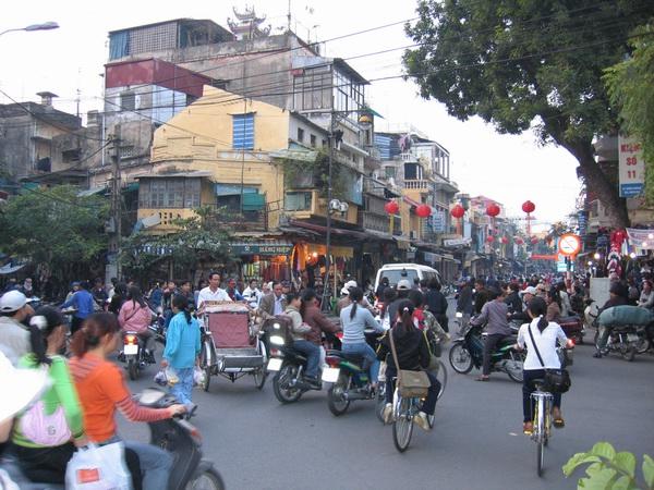 vietnam-2004-12-14 16-59-43 hanoi