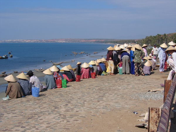 vietnam-2004-12-31 09-18-29 mui