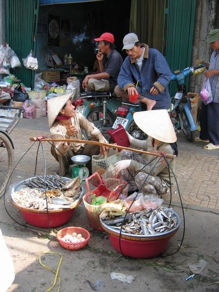 vietnam-2005-01-08 10-21-54 saigon