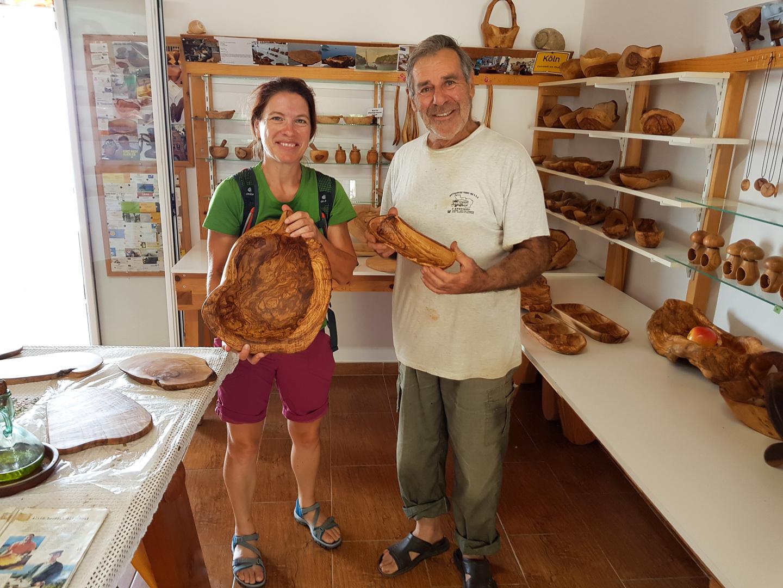Olivenholzkünstler Alkis in Lakones